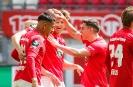 1. FC Kaiserslautern gegen SpVgg Unterhaching - Adam Hlousek erhöht auf 2:1